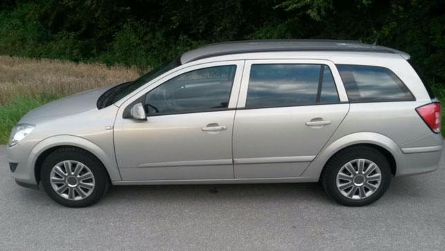 Ela Rent a Car Cluj - Opel Astra Caravan